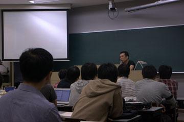 佐々木俊尚氏、SFCで講演