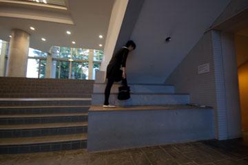 SFCの階段オメガ館の階段