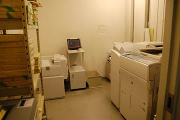 ε・ο2階にあるコピー室