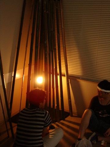 茶道会の竹を利用した内装