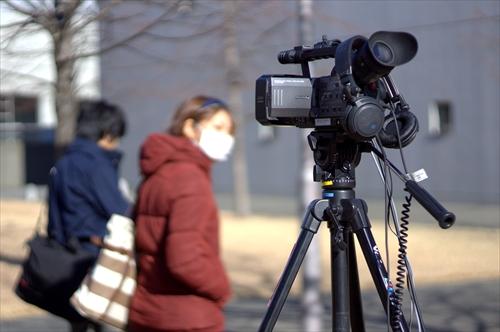 【ゆきちなう】カメラ通行人