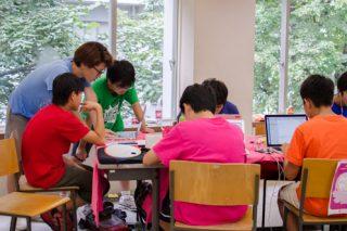 「子どもたちに自発的な学びを Life is Tech! を突撃取材」の画像