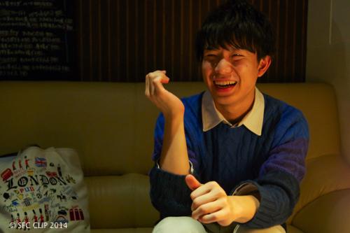 笑顔で世界をカラフルに!! ミスターSFC猿田真一郎さん(総3)のハッピーの秘訣とは!?