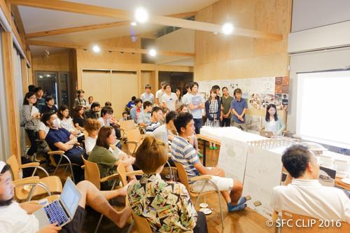 多くの学生がSBC滞在棟に集った