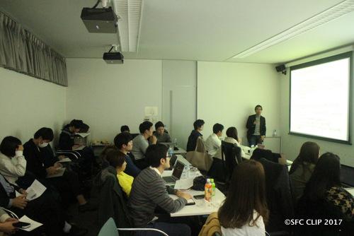来学期の研究会について語る蟹江憲史環境情報学部教授(写真右奥)