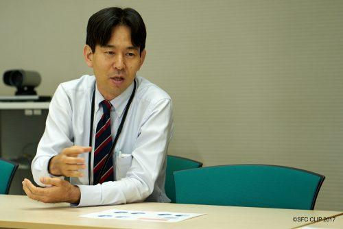 SFCの卒業生でもある湘南藤沢事務室学事担当の西原裕貴さん