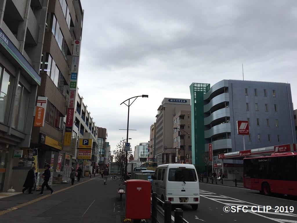 湘南台西口の街並み。このあたりにも住むことができる。