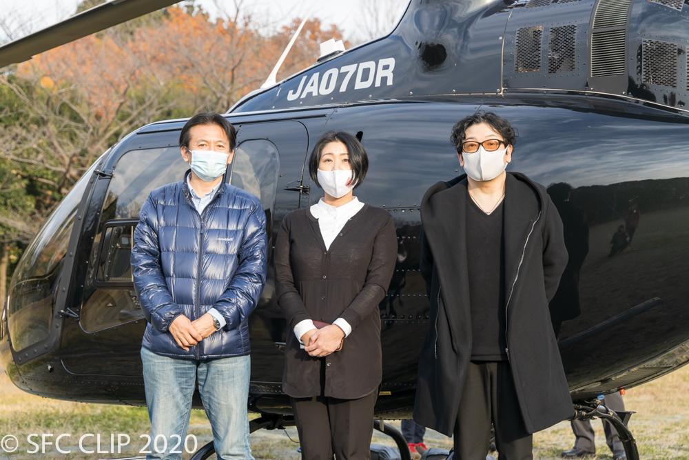 左から武田教授、松尾悦子さん、伊藤庸一郎愛知産業大教授